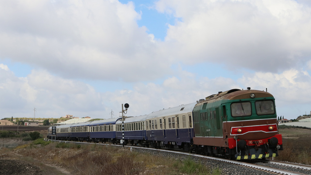 D345 1121 Naro (AG)
