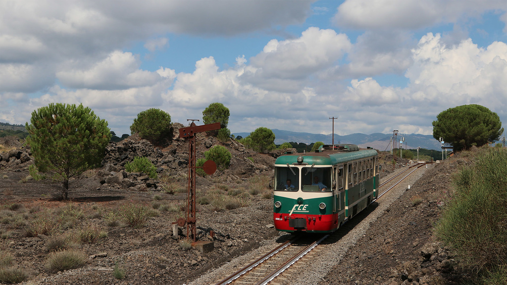 ADe20  Ferrovia Circumetnea Cerro