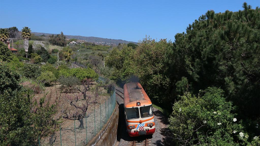 RALn64.04 Ferrovia Circumetnea Santa Maria La Strada