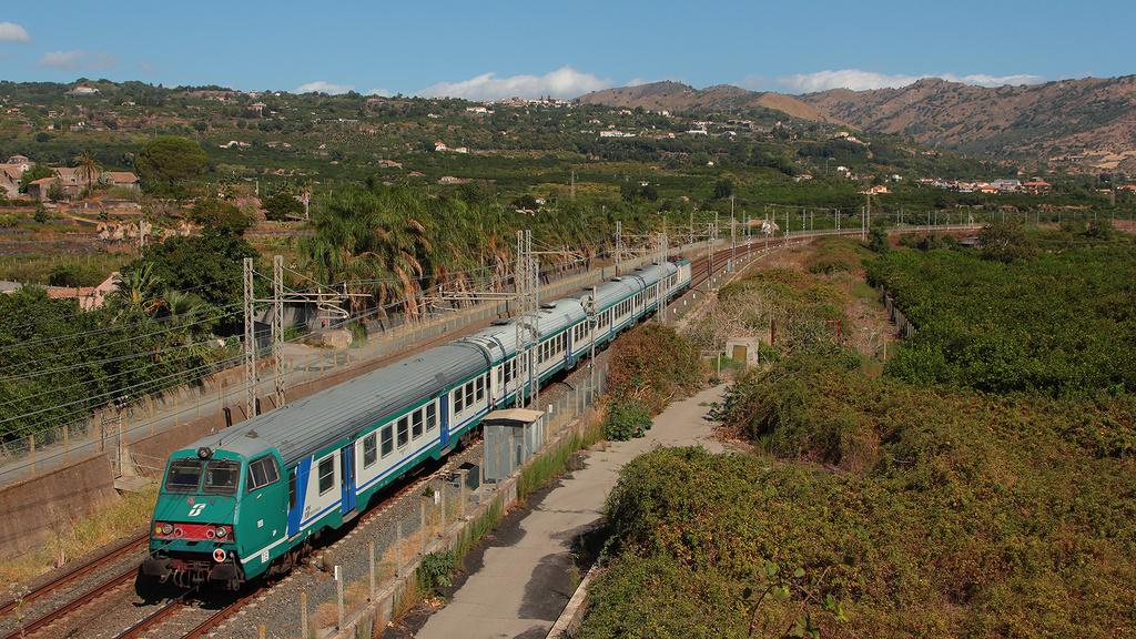 Mazinga e E464 046 Fiumefreddo di Sicilia