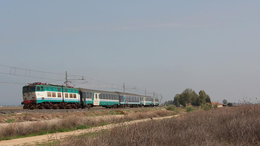 E656 454 Passomartino