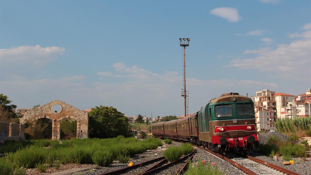 D445 1034 Comiso