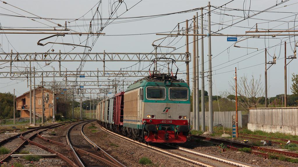 E652 140 Torricola