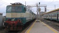 Terna di locomotive E636 isolate, con due unità in presa, da Catania Centrale a Bicocca