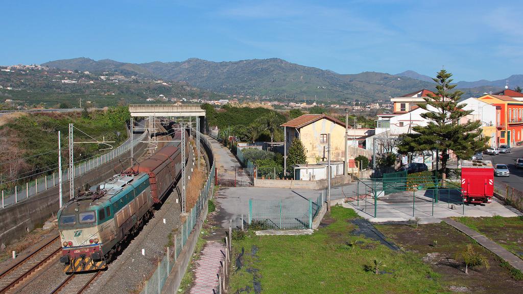 E656 457 Fiumefreddo Di Sicilia