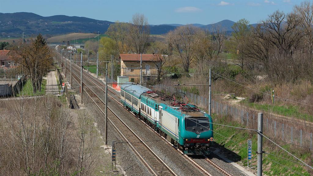 E464 348 e E656 600 Terni