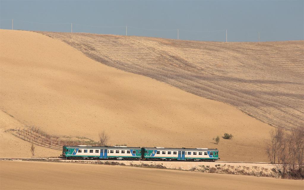 ALn668 3100 nel deserto di Corridonia