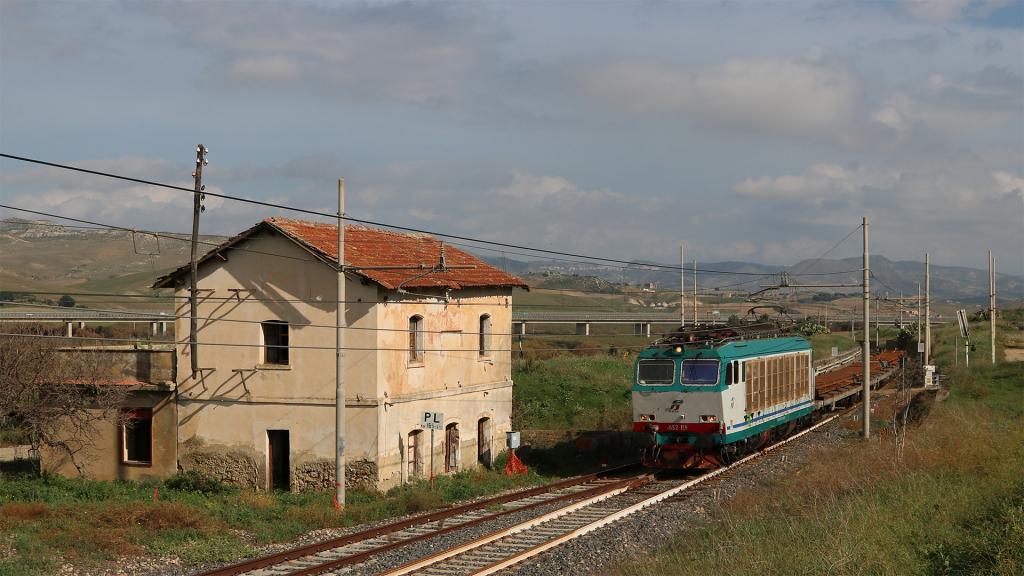 10. E652 119 Libertinia