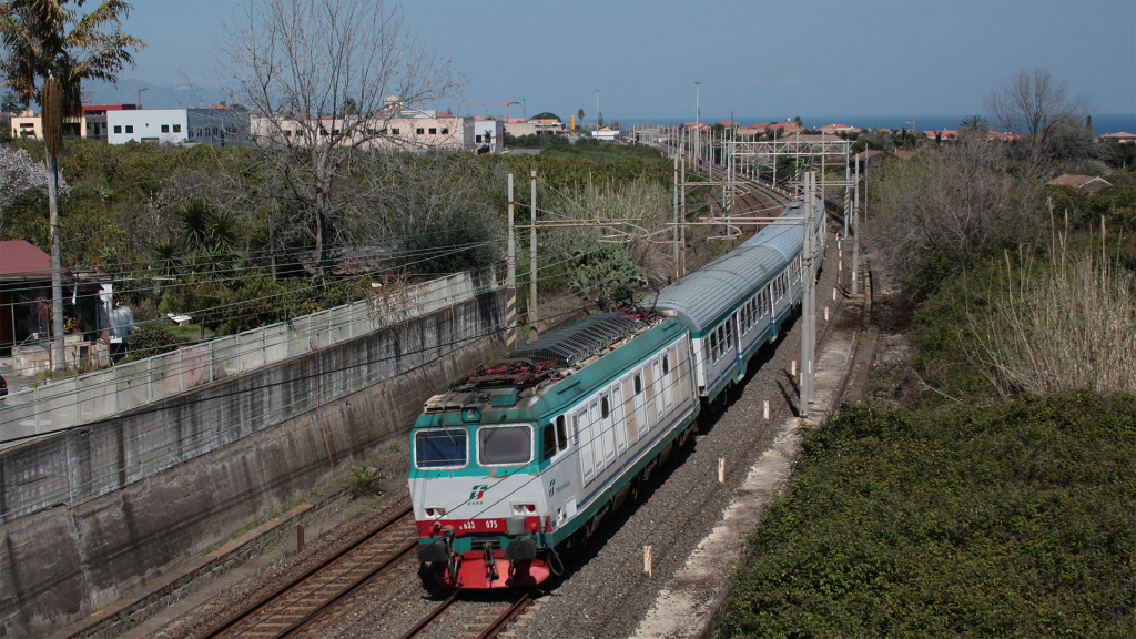 E633 097 Carrubba