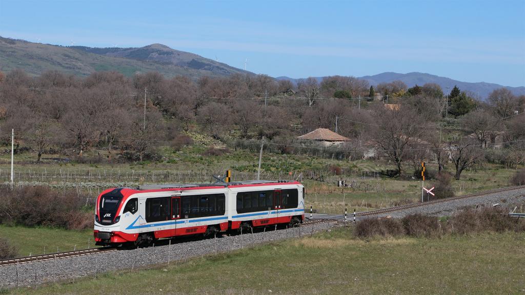 Vulcano DMU 004 Ferrovia Circumetnea Maletto