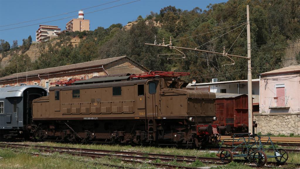 E626 428 stazione di Porto Empedocle
