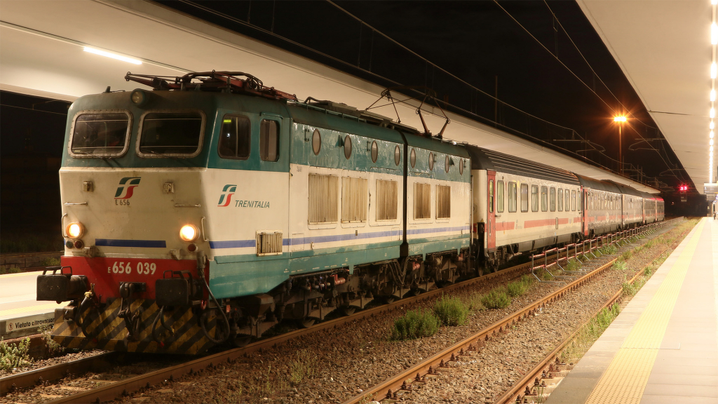 E656 039 Giarre-Riposto