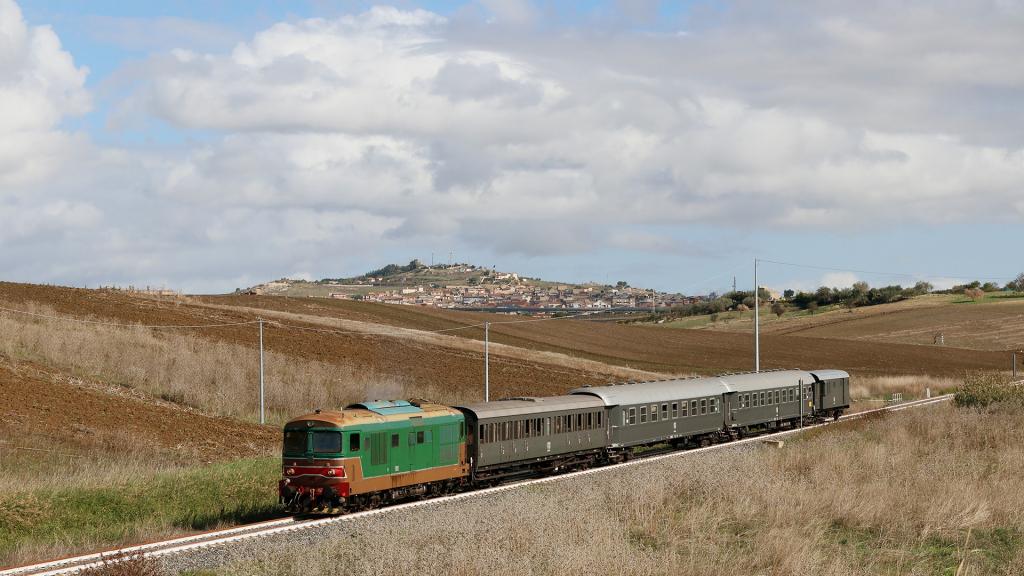 D345 1121 Campobello di Licata rettilineo
