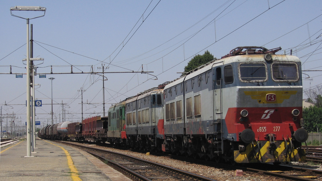 E655 277 e E655 210 e D345 1046 Castelbolognese