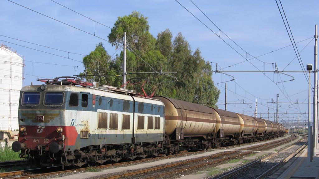 E655 262 Priolo-Melilli e cisterne