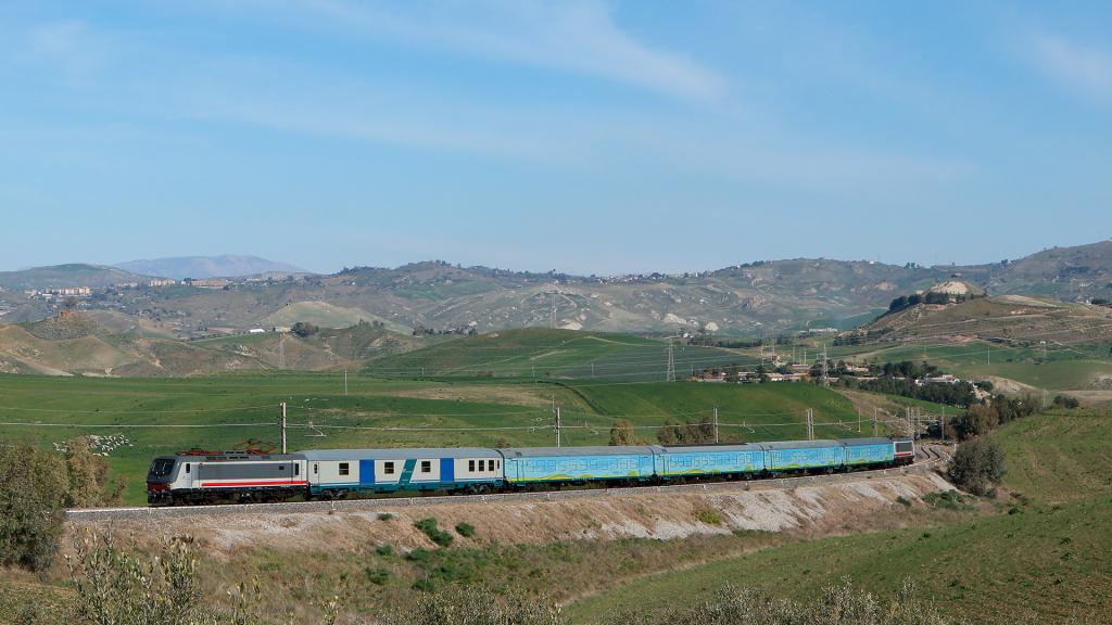 E464 334 e 231 Caltanissetta Xirbi
