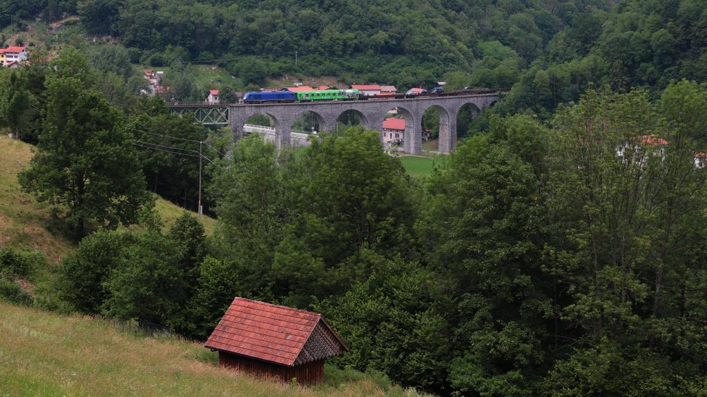 SZ 645 010 Autowlak Most Na Soci ponte