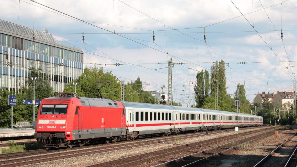 DB 101 065 Munchen Heimeranplatz