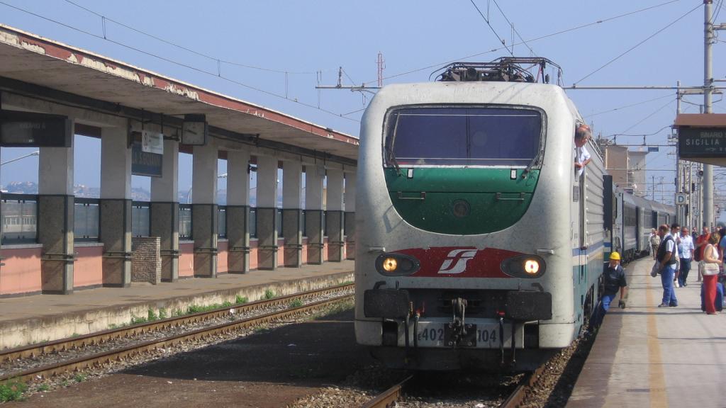 E402 104 Villa San Giovanni