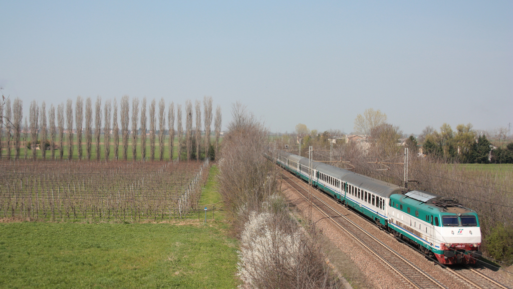 E444 113 Reggio Emilia
