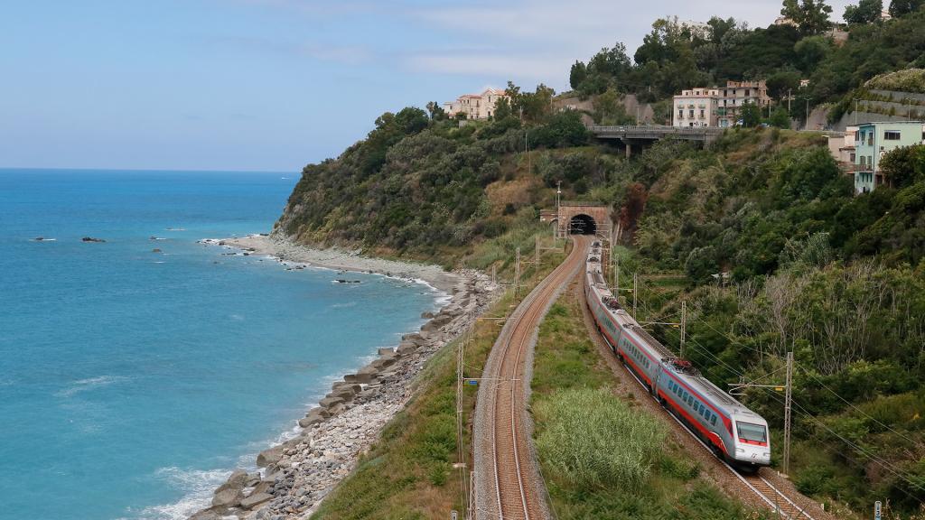 ETR 485 treno 38 Guardia Piemontese Terme
