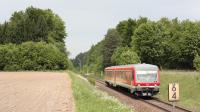 Automotrice DB 628 629 in arrivo a Tussling, con un regionale da Muhldorf a Burghaus