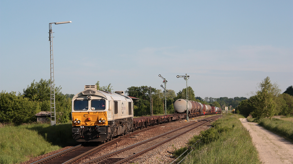 Class 66 247 053 Euro Cargo Rail Tussling