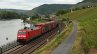 Convoglio con carri Railion per la DB 152 102, in località Lorch.