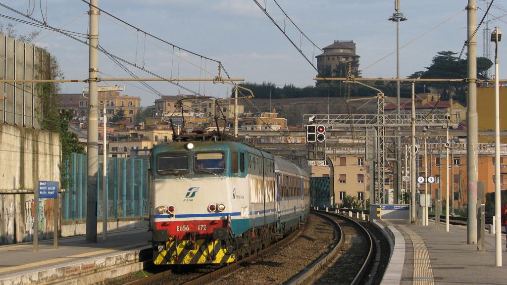 E656 472 Roma San Pietro