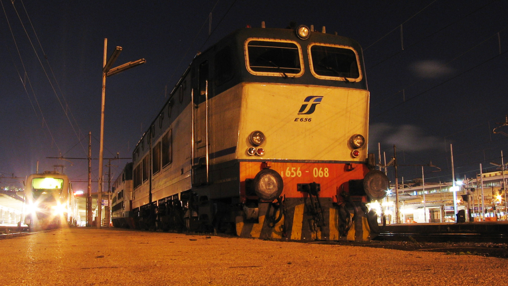 E656 068 Napoli Centrale